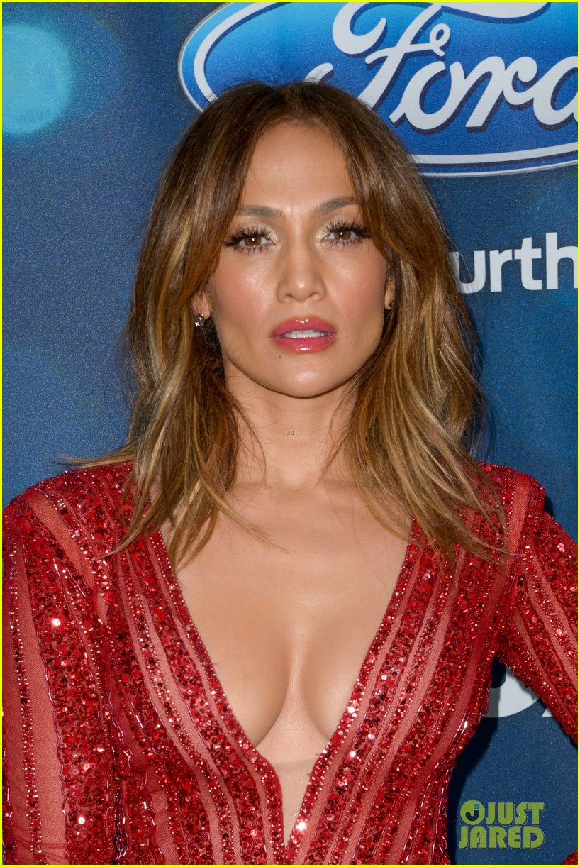 Jennifer Lopez Looks Red Hot in a Jumpsuit at Idol Party