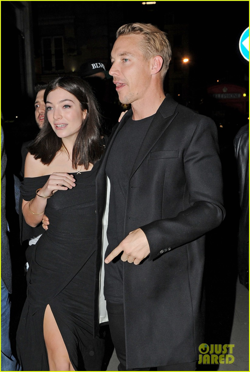 Diplo Son >> Lorde Holds Hands With Diplo After Receiving Praise From