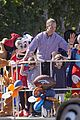 peyton manning kids disneyland 09