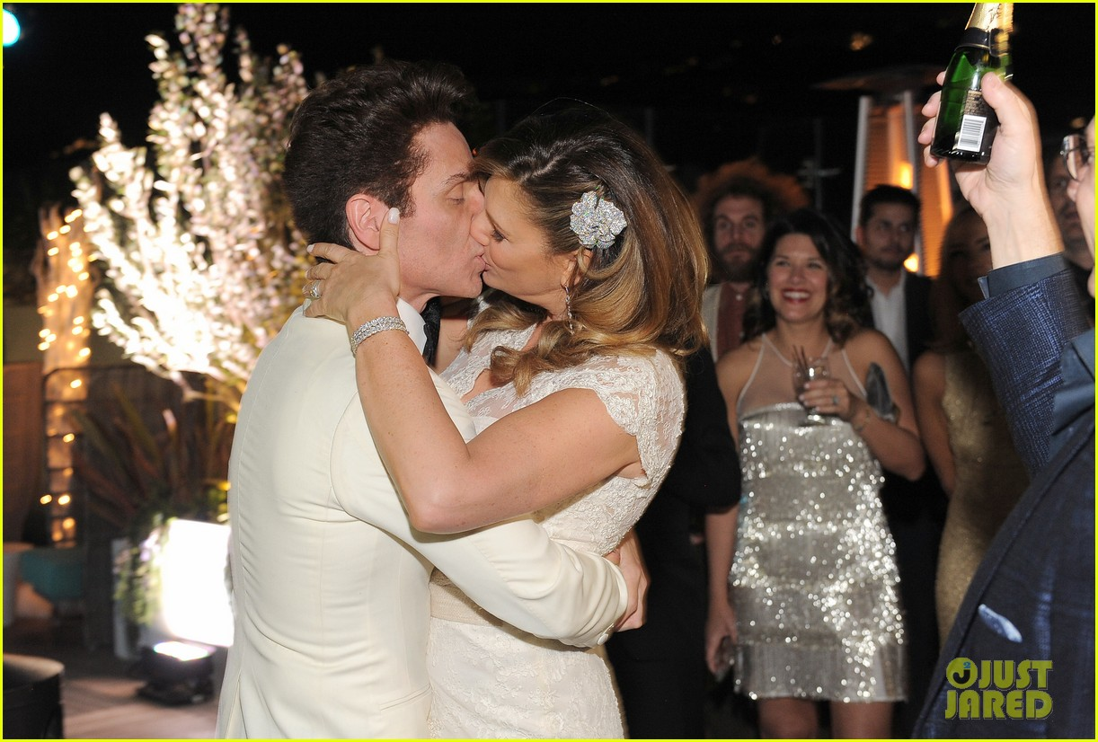daisy fuentes amp richard marx get married again see the