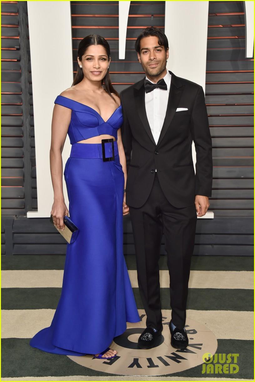 Freida Pinto in Versace & Boyfriend Ronnie Bacardi ... | 815 x 1222 jpeg 189kB