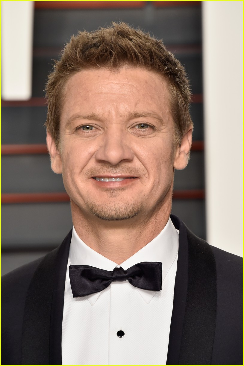 renner brody vf oscars party 083592989