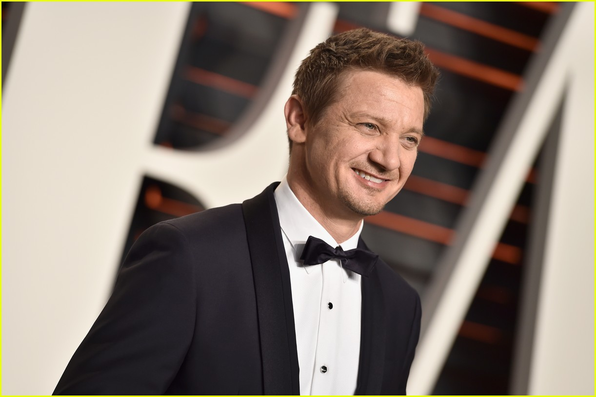 renner brody vf oscars party 113592992