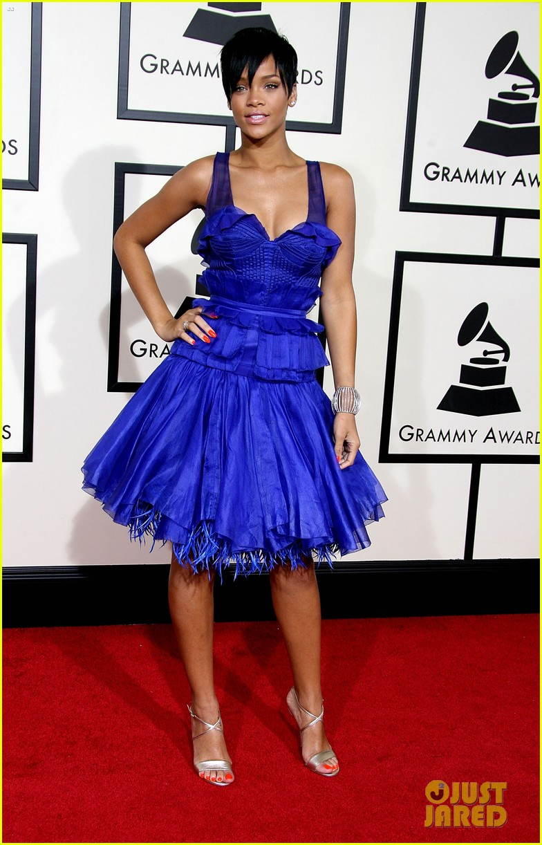 Rihanna Cancels Grammys 2016 Performance, Rep Confirms: Photo ...