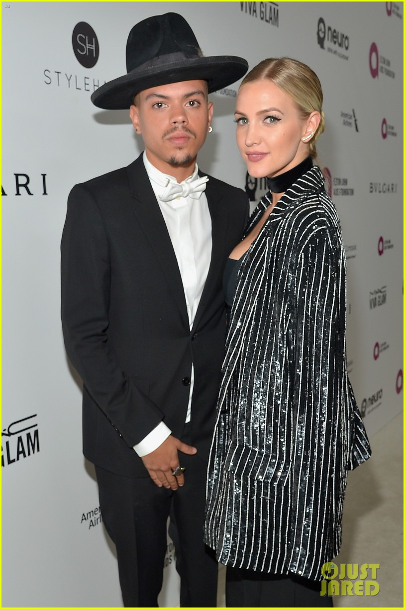 ashlee simpson evan ross couple up at elton johns oscar party 293593361