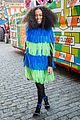 solange knowles loses wedding ring at new orleans parade 01