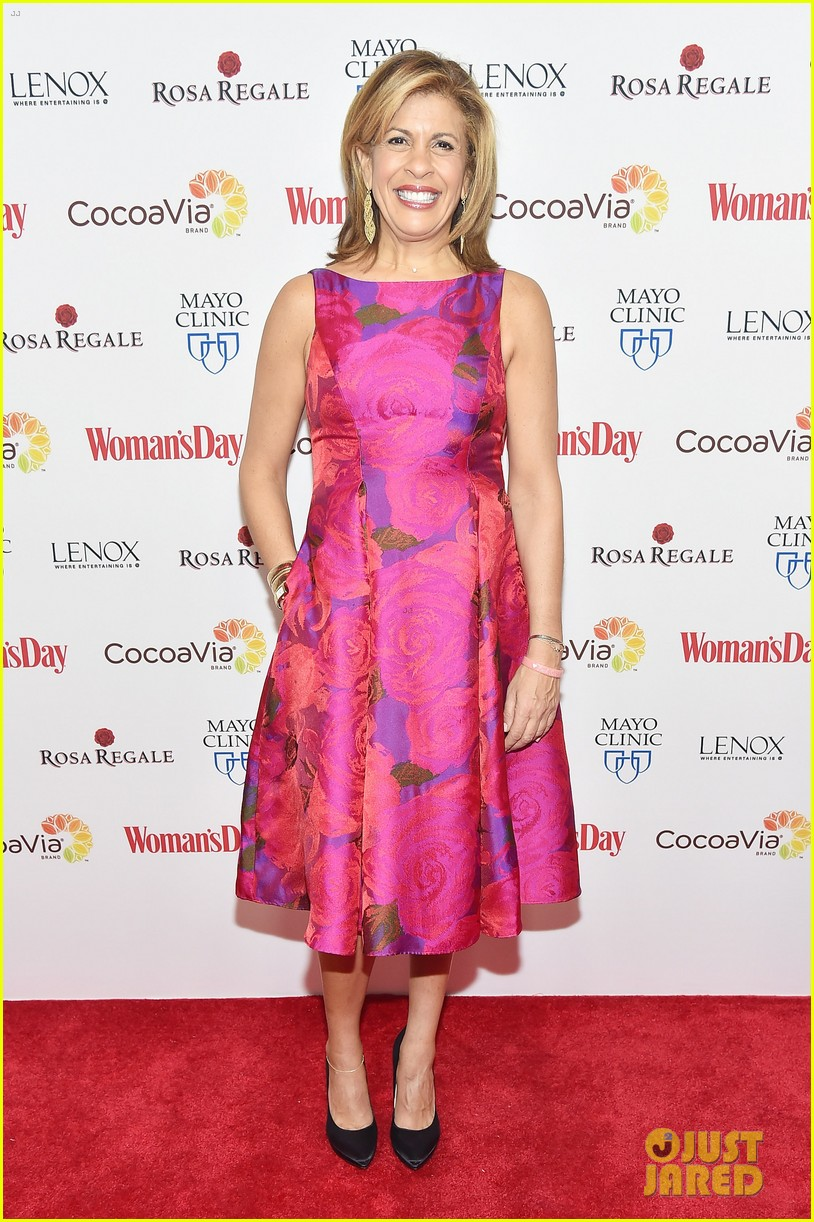 kate walsh supports american heart month at womans day 043573968