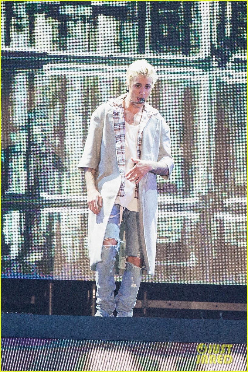 Justin Bieber Cancels All Future Meet Greets Says They Make Him