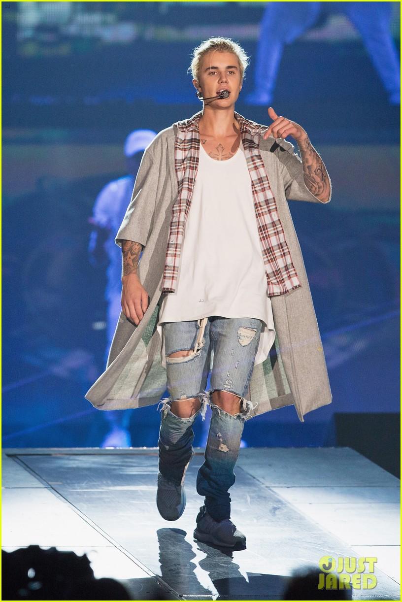 Justin bieber purpose tour 2016 set list revealed photo justin bieber purpose tour 2016 set list revealed m4hsunfo
