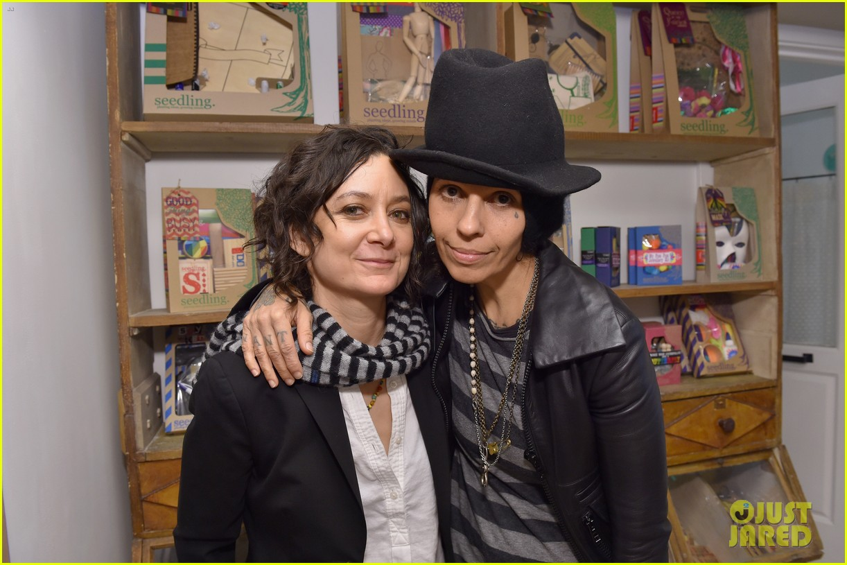jessica biel gets star studded support at grand opening of au fudge 053595590