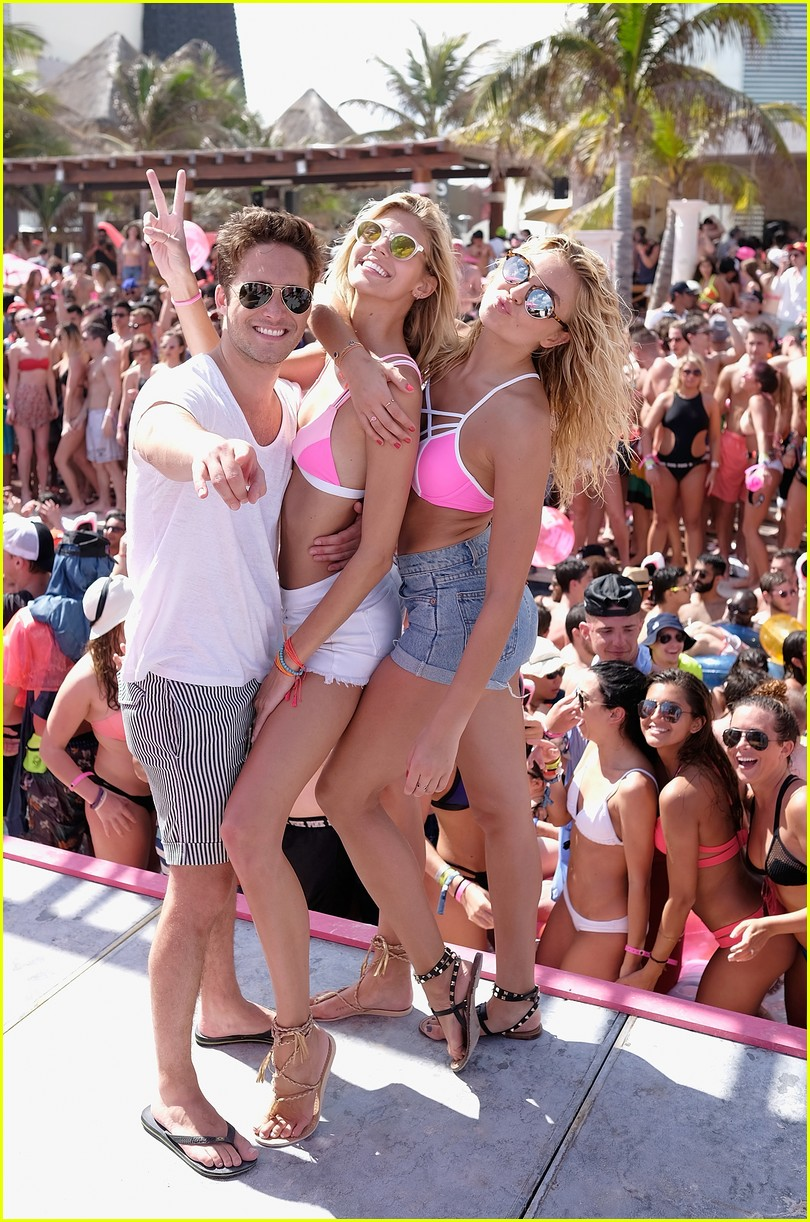 Party bikini spring break, free facial cumshots pics