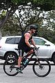 russell crowe biceps bike los angeles 14