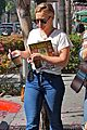 hilary duff shops then goes to airport 13