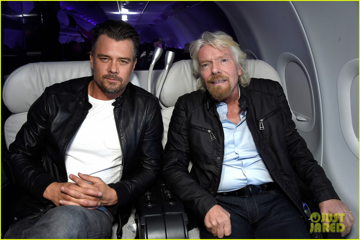 josh duhamel takes flight on virgin americas inaugural san francisco to denver launch 043607023