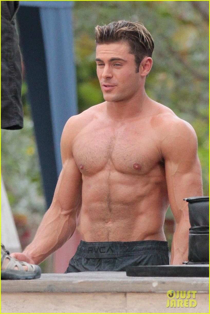 Zac Efron Goes Shirtless for Tarzan,Like \u0027Baywatch\u0027 Moment
