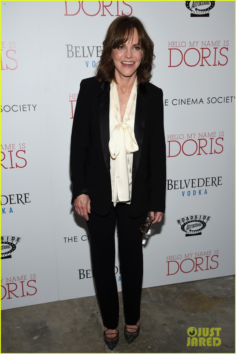 sally field max greenfield get paul rudds support at hello my name is doris 143599954