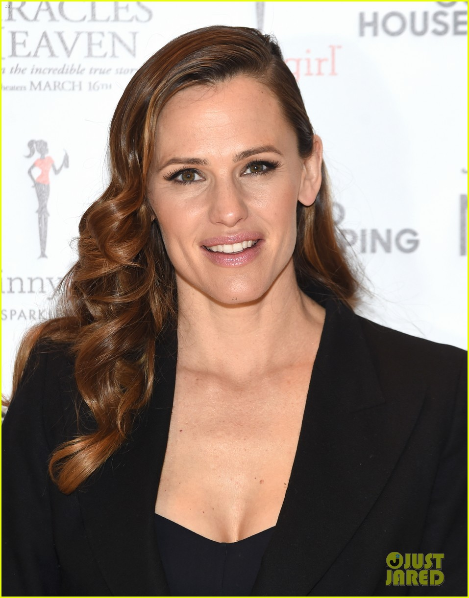 jennifer garner tonight show jimmy fallon 023607743