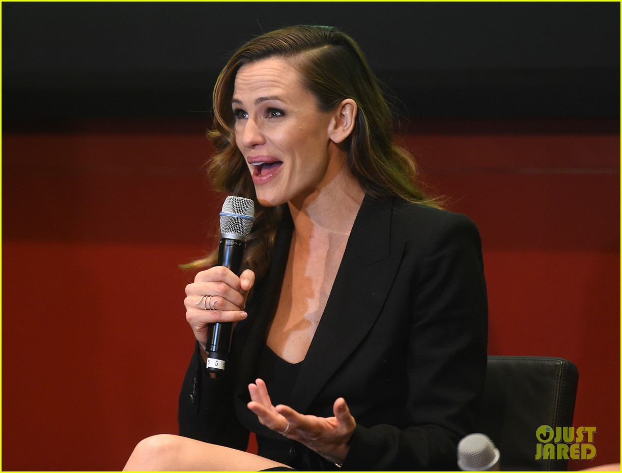 jennifer garner tonight show jimmy fallon 203607761