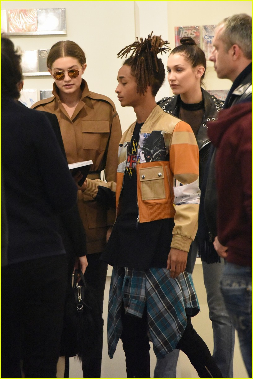 Kendall Jenner Amp Hadid Sisters Shop With Jaden Smith After