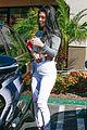 kourtney kardashian reunites with robs ex girlfriend 04