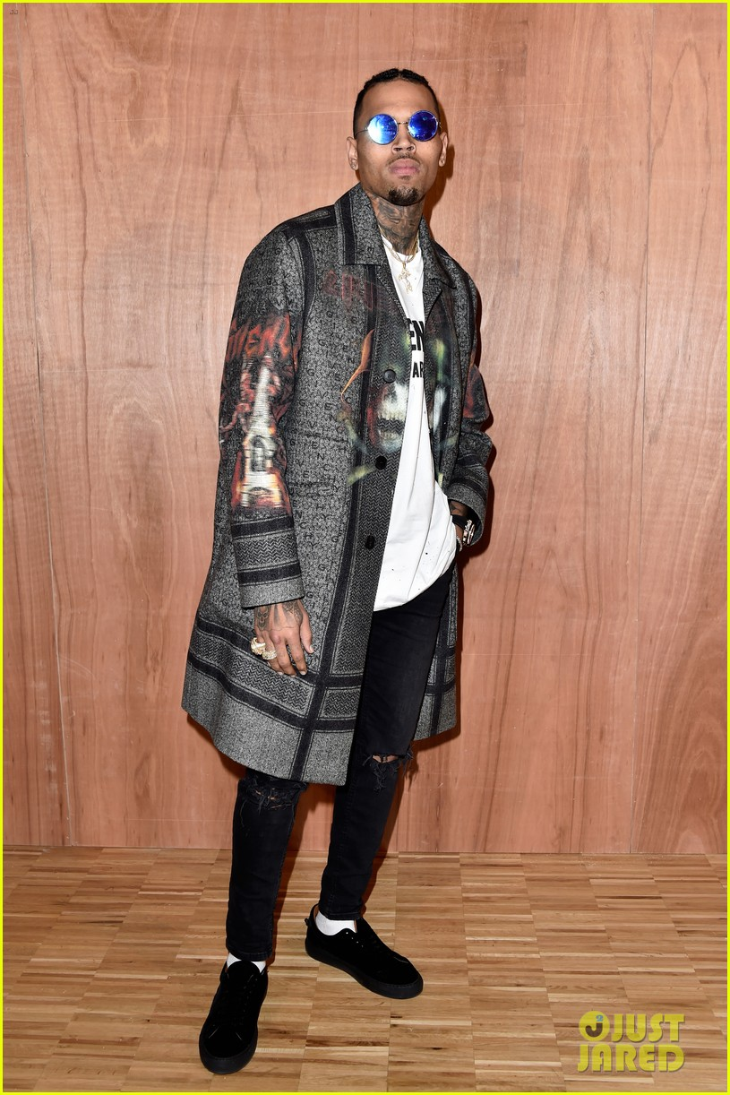 kris jenner kanye west givenchy show front row 303598872