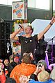 chris martin coldplay today show concert 16