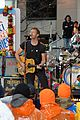 chris martin coldplay today show concert 21