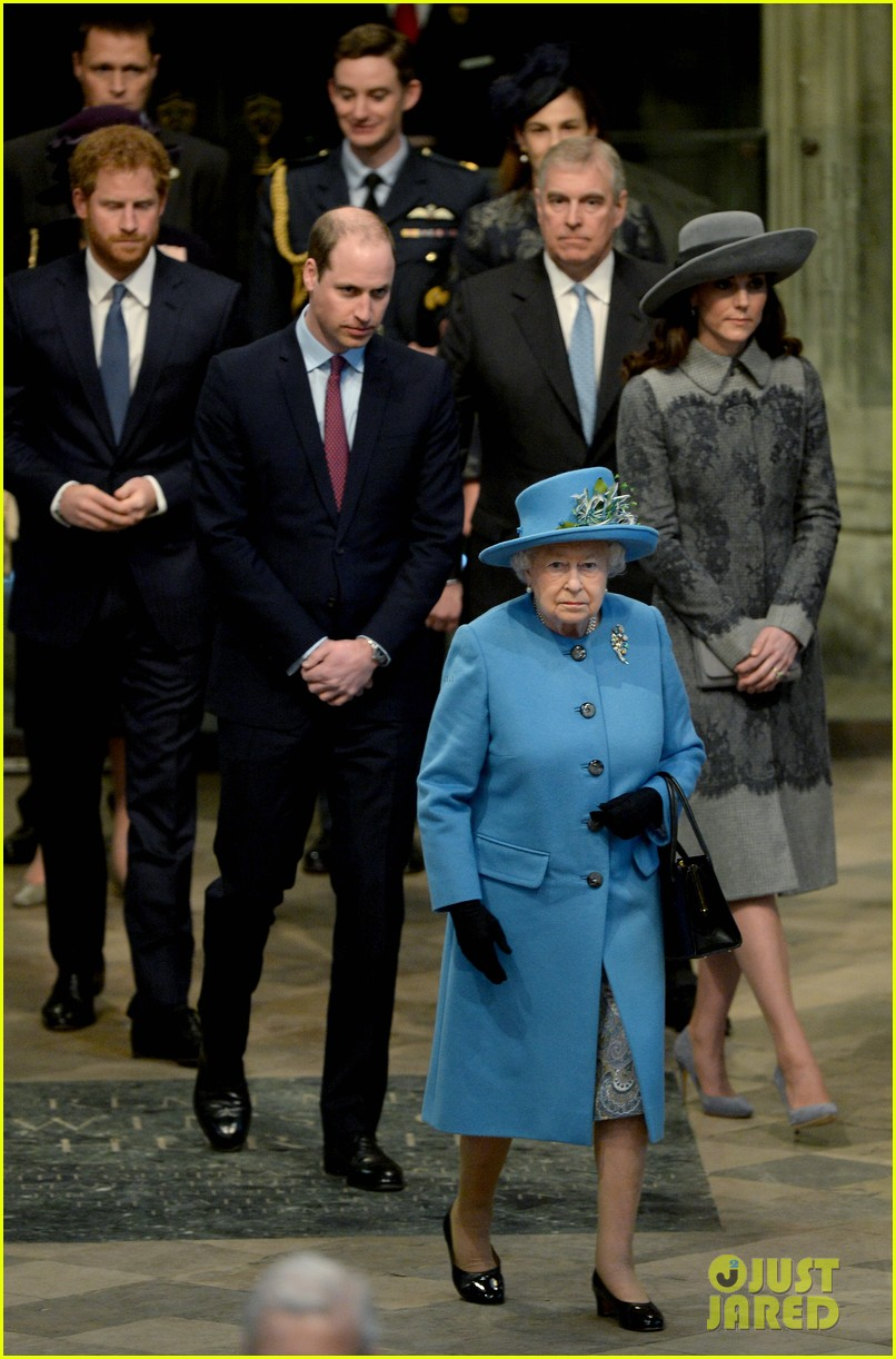 Kate Middleton & Royal Family Attend Commonwealth Day Service: Photo ...