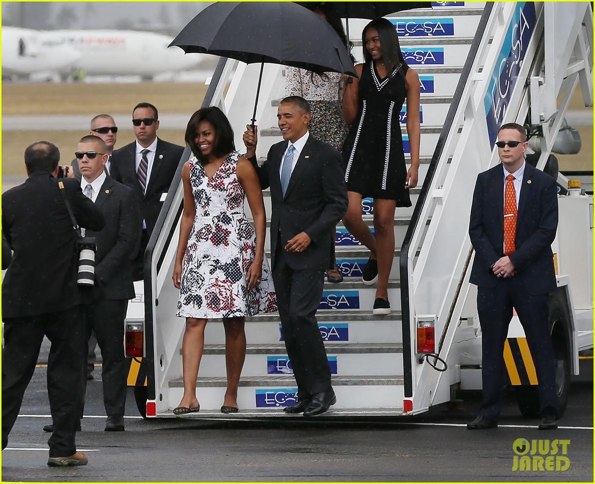 president obama family arrive in cuba 013611154