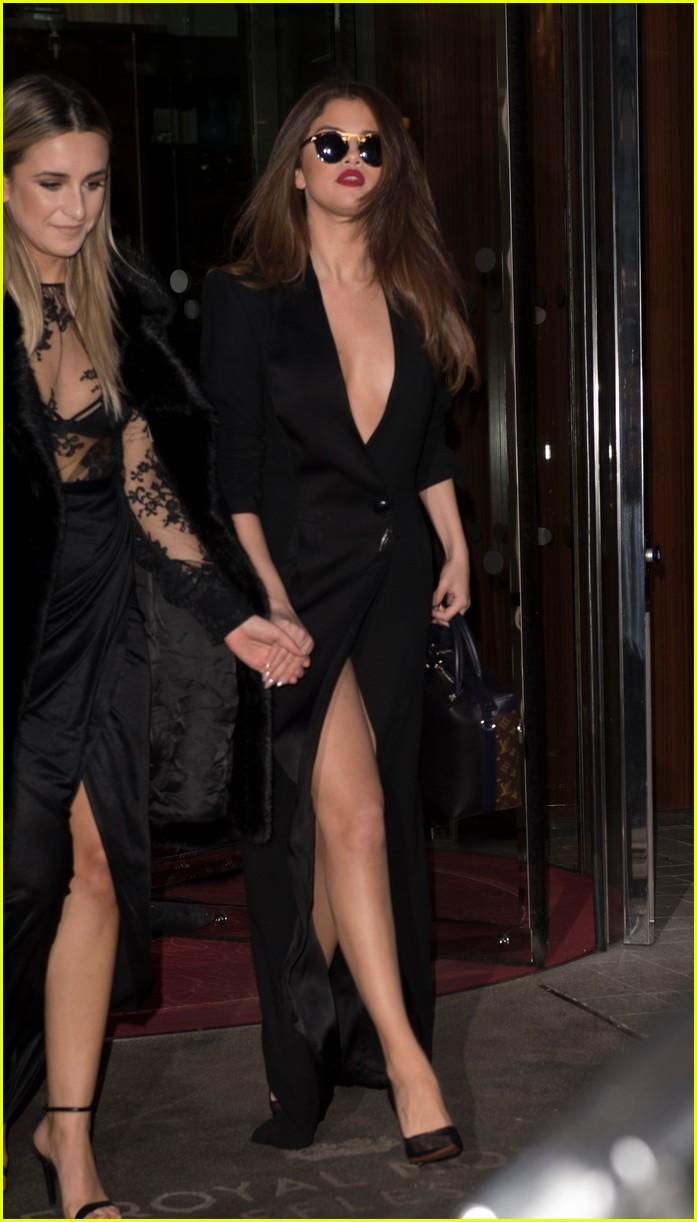 Meghan Markle Rave >> Selena Gomez Rocks Sexy Slit Dress While Out in Paris For Fashion Week: Photo 3600396 | Selena ...