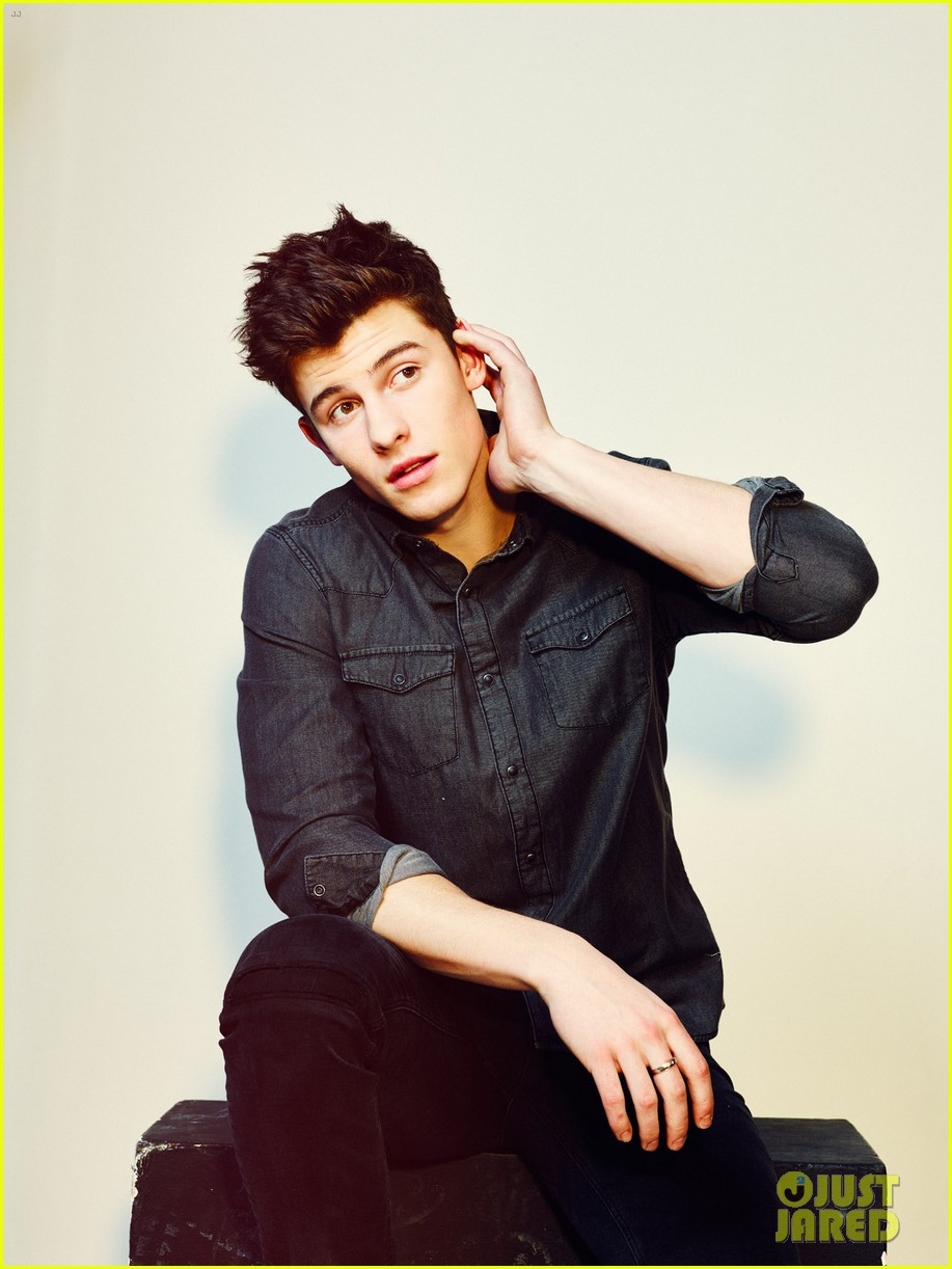 shawn mendes notion magazine cover 023611640