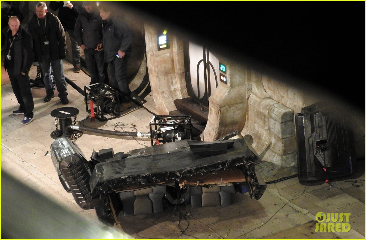 star wars episode viii set photos reveal some spoilers 253605437