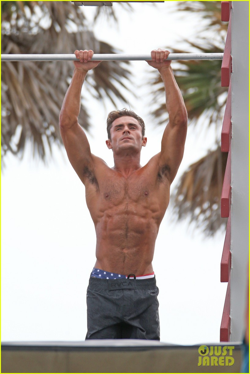 Zac Efron Uses His Ripped Muscles To Complete 'Baywatch