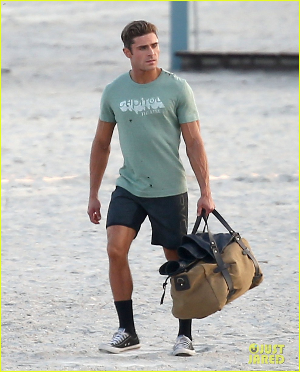 zac efron beach duffel bag baywatch 013616740