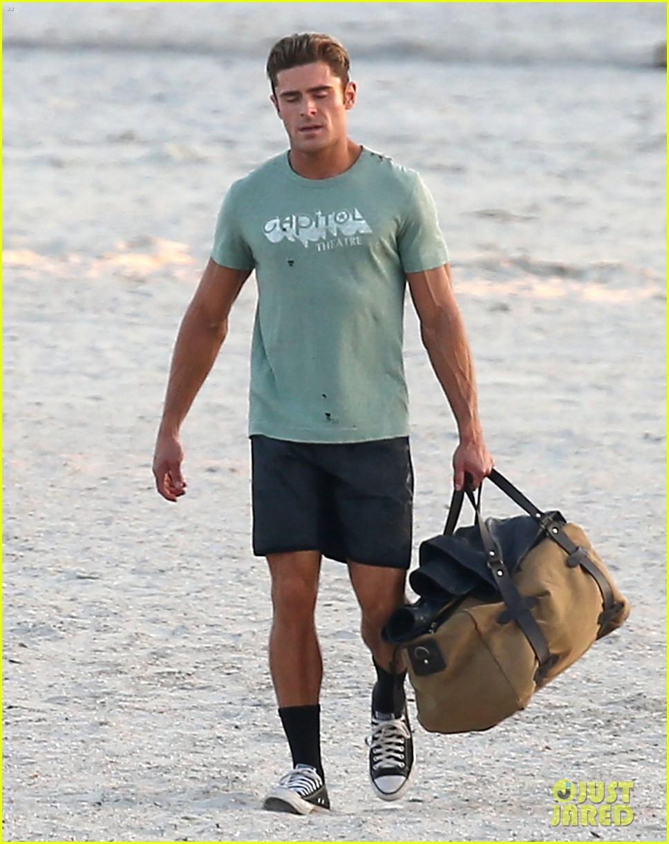zac efron beach duffel bag baywatch 083616747
