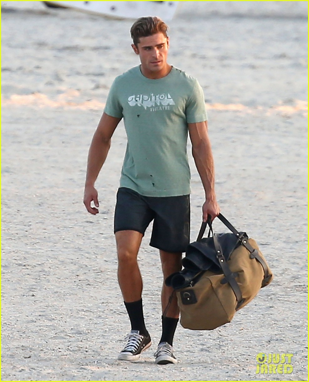 zac efron beach duffel bag baywatch 093616764