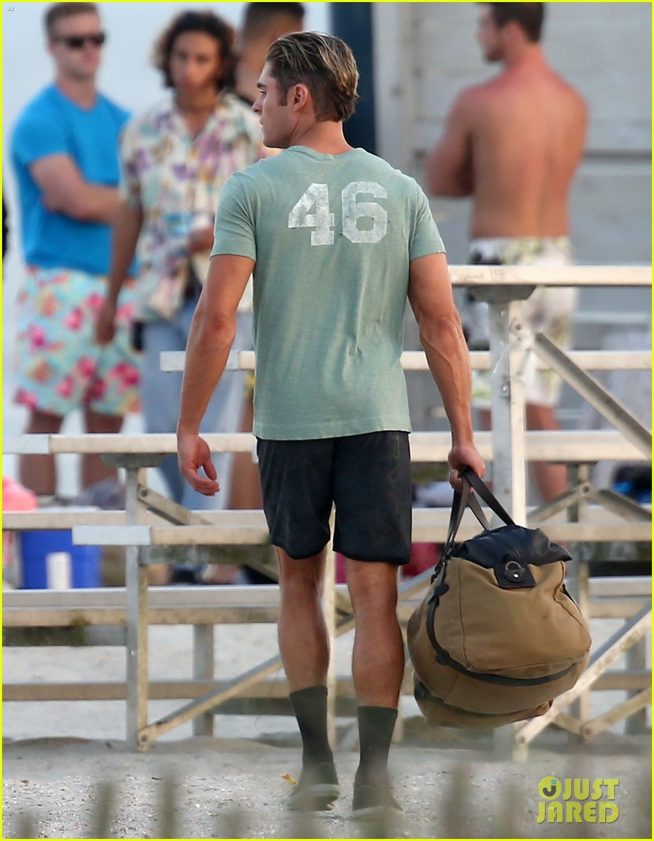 zac efron beach duffel bag baywatch 103616749