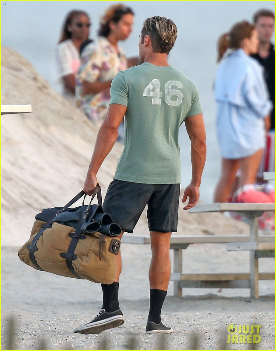 zac efron beach duffel bag baywatch 163616771