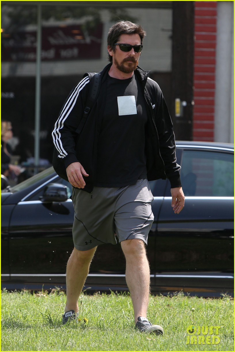 christian bale steps out in his workout gear for a meeting 093632305