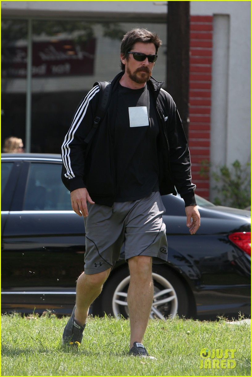 christian bale steps out in his workout gear for a meeting 113632307