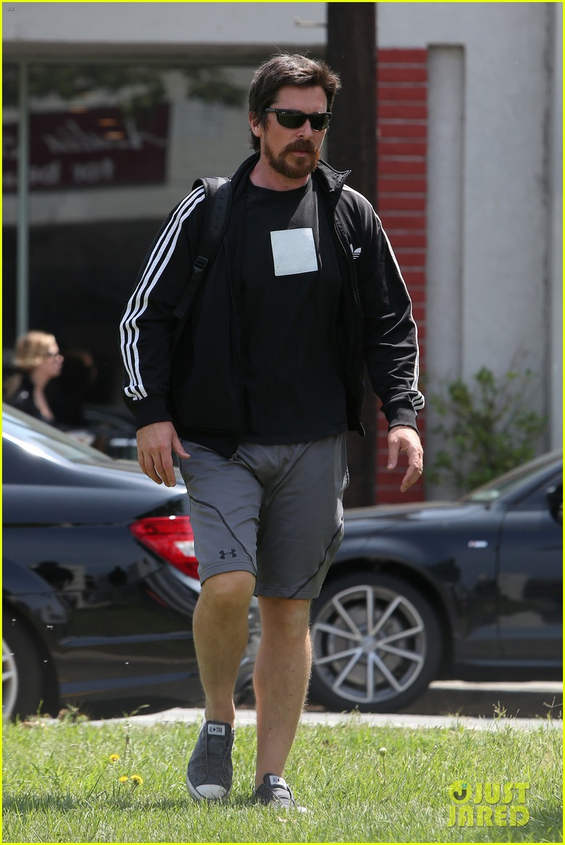 christian bale steps out in his workout gear for a meeting 133632309
