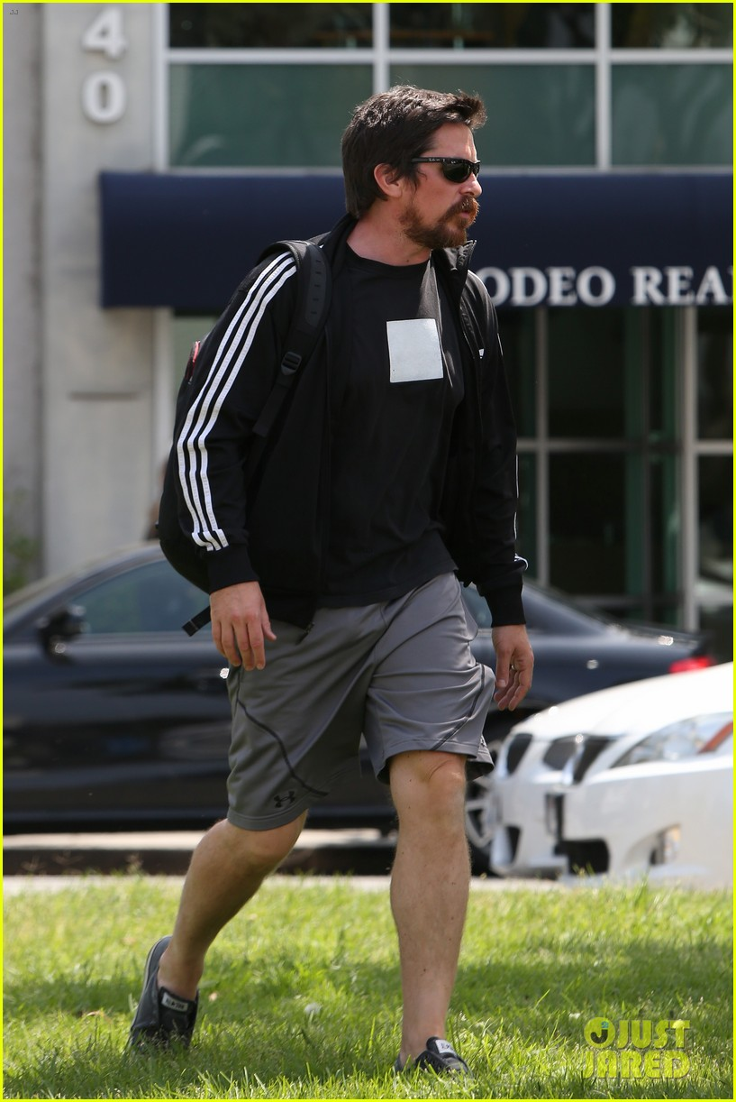 christian bale steps out in his workout gear for a meeting 173632313