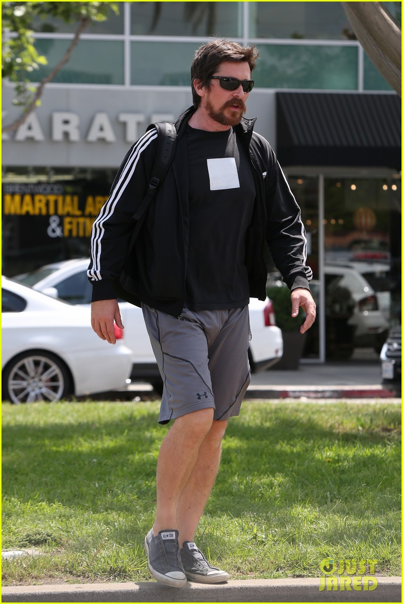 christian bale steps out in his workout gear for a meeting 193632315