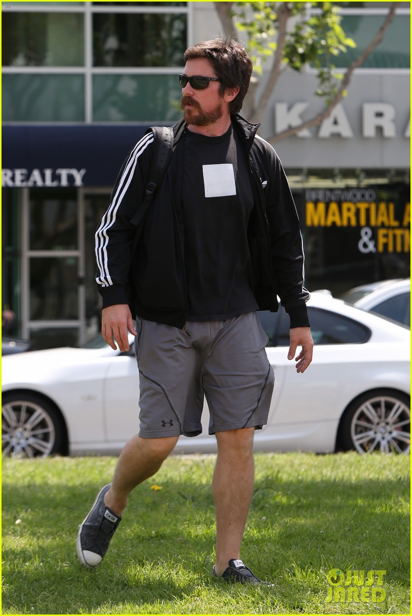 christian bale steps out in his workout gear for a meeting 213632317