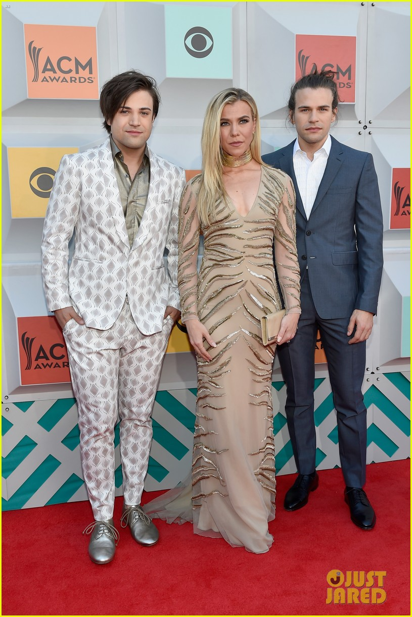 the band perry acm awards 2016 073621303