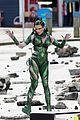 elizabeth banks films stunts as rita repulsa 05