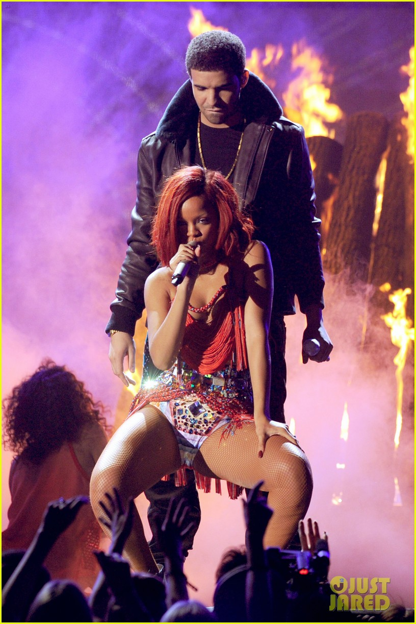 drake rihanna too good stream lyrics 033643161