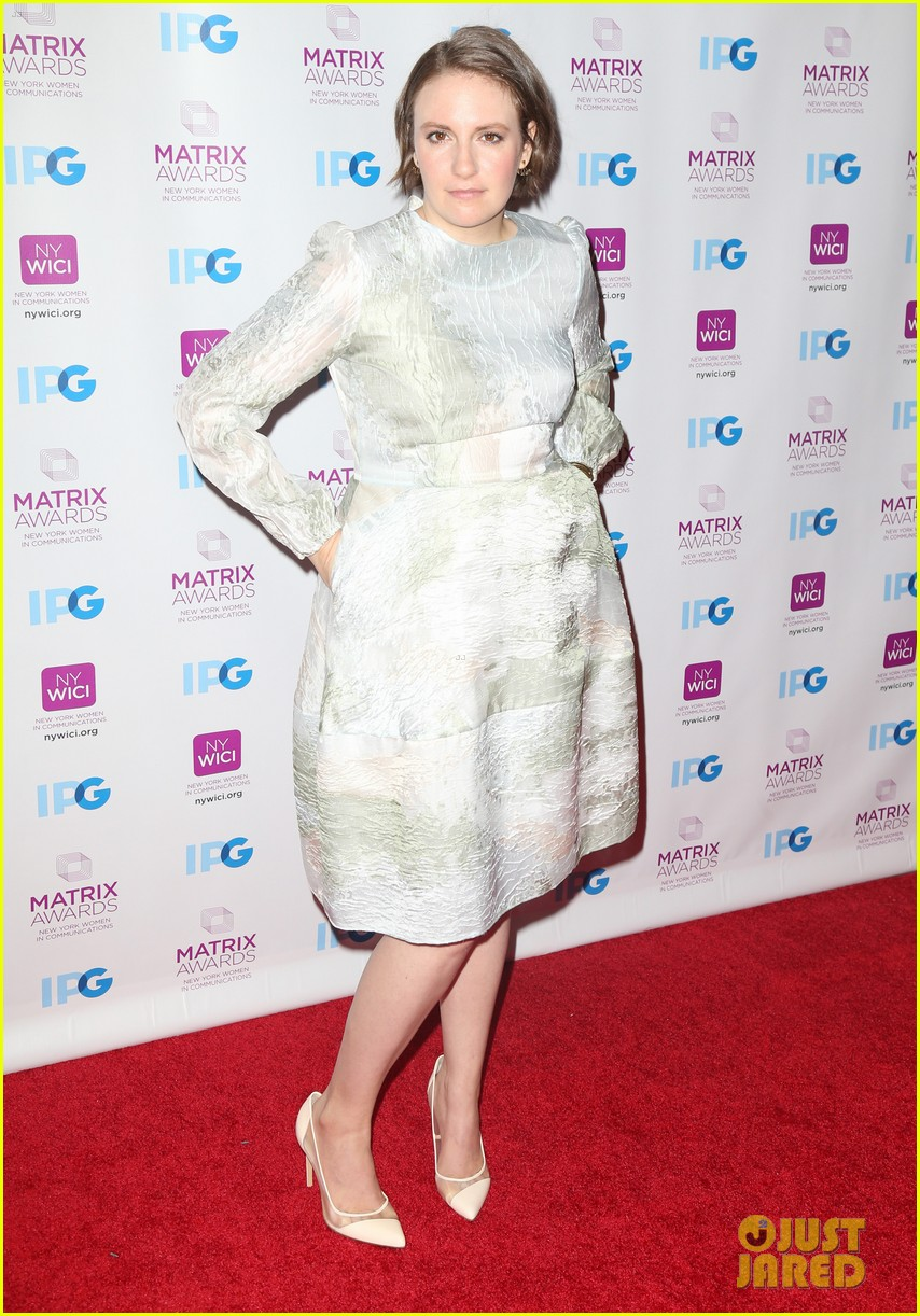 lena dunham katie couric matrix awards 023639965