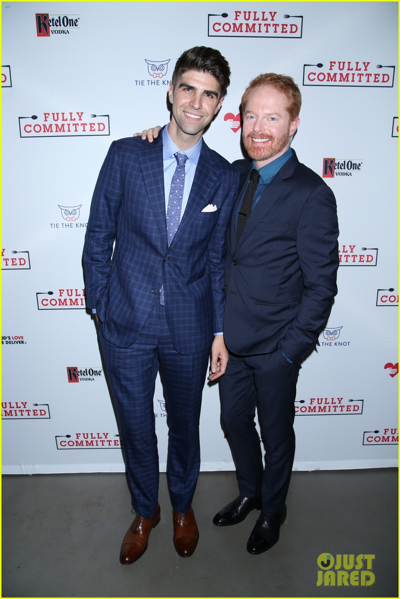 jesse tyler ferguson gets star studded support at fully committed opening night 033640323