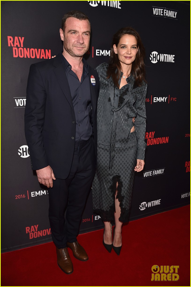 katie holmes reunites with liev schreiber at ray donovan screening 053640435